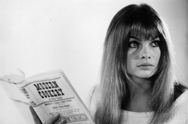 #cheeky #cheekysarmoire #jeanshrimpton #beverlyhills #melrose #westhollywood #weho #losangeles #california #60s #70s #model #supermodel #fashion #womensfashion #vogue #vintage #polaroid #muse #icon #iconic #inspo #chic #spring #summer #app #startup #launch #onlineretailer #vintagemeetsmodern