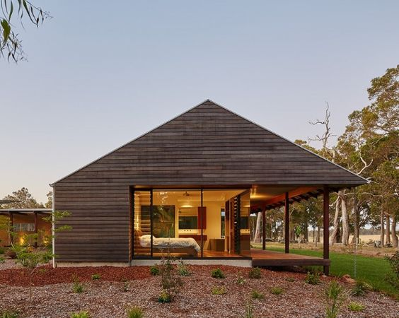 Passive designed house by ARCHTERRA ARCHITECTS