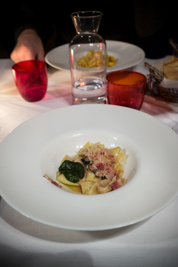 Baretto di San Vigilio. Naminiai bergamietiški ravioli.  Baretto di San Vigilio. Homemade Bergamo style ravioli.