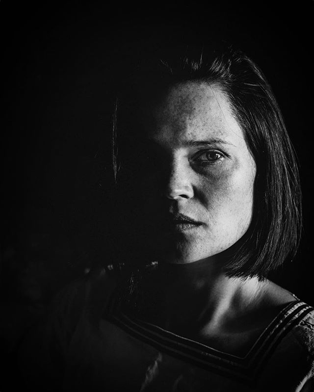 Wane  #moonphases #wrongphase #luna #selfportrait #portrait #prettyme #bnw #blackandwhite #photography #freckles #shade