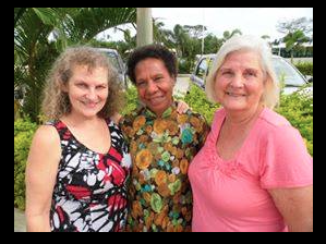 Katie Snyder (left), Pr. Dorolyn Laloyer (centre) and Shirley Coombs (right).