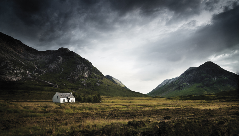 TomLindboe_MountainHouse,Scotland_2013.jpg