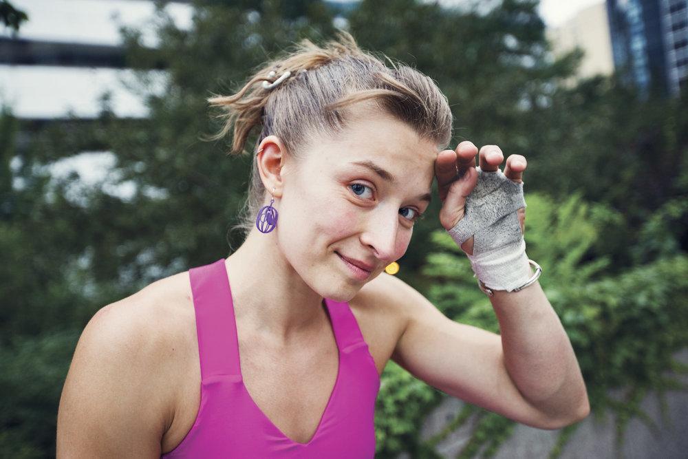 Anya Chibis Jump Girl 06.jpg