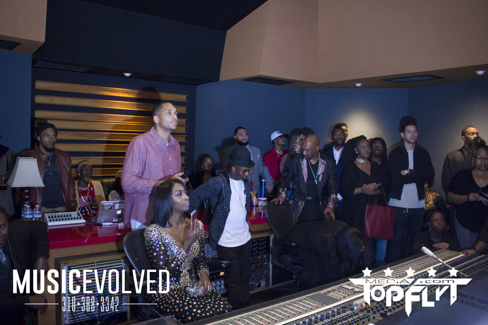 Music Evolved Listening Party_9.jpg