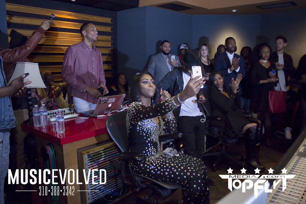 Music Evolved Listening Party_32.jpg