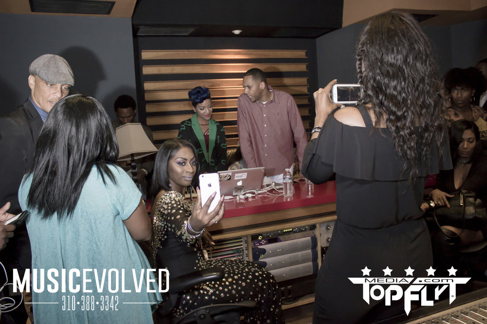 Music Evolved Listening Party_51.jpg