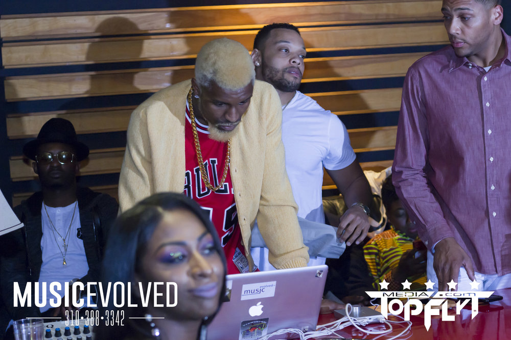 Music Evolved Listening Party_61.jpg