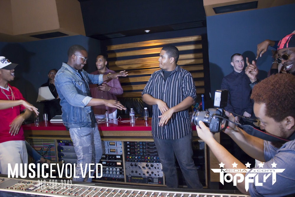 Music Evolved Listening Party_97.jpg