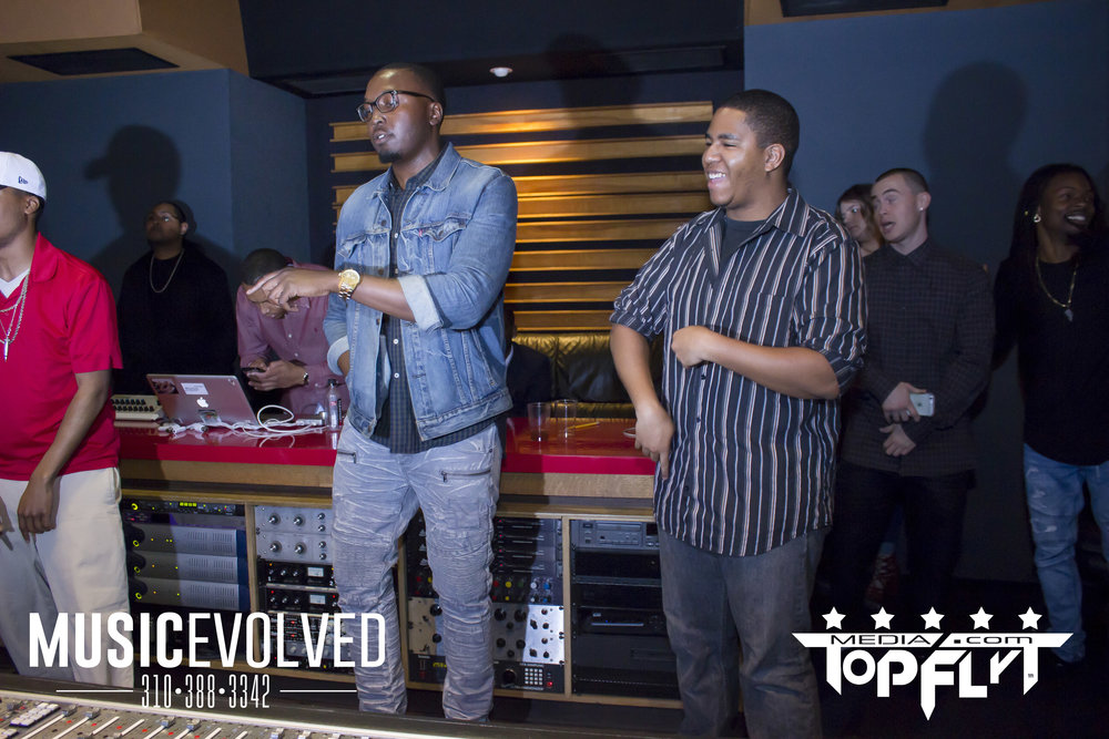 Music Evolved Listening Party_105.jpg