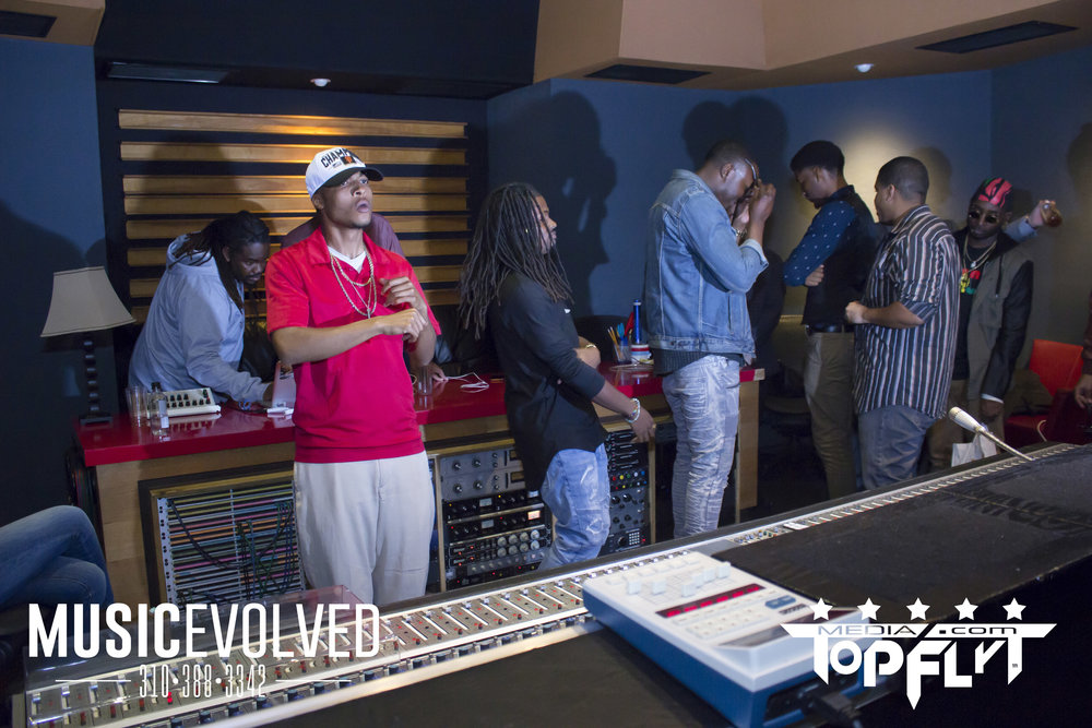 Music Evolved Listening Party_111.jpg