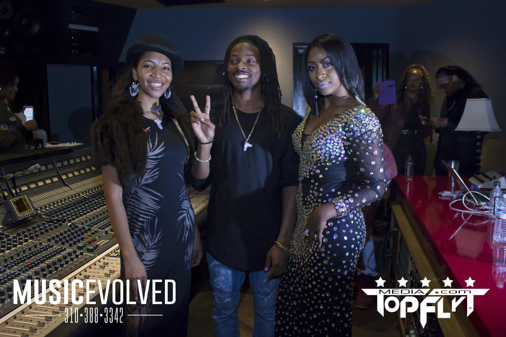 Music Evolved Listening Party_137.jpg