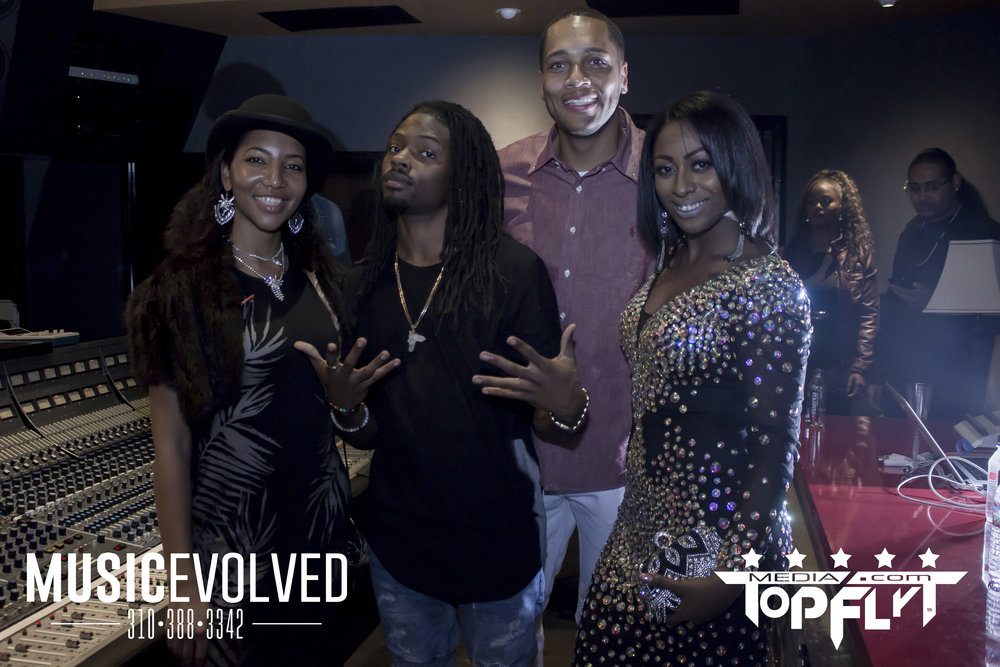 Music Evolved Listening Party_138.jpg