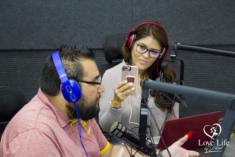 Janet Rodriquez On The Clipper Darrel Fan Truth Show 10-14-17_16.jpg