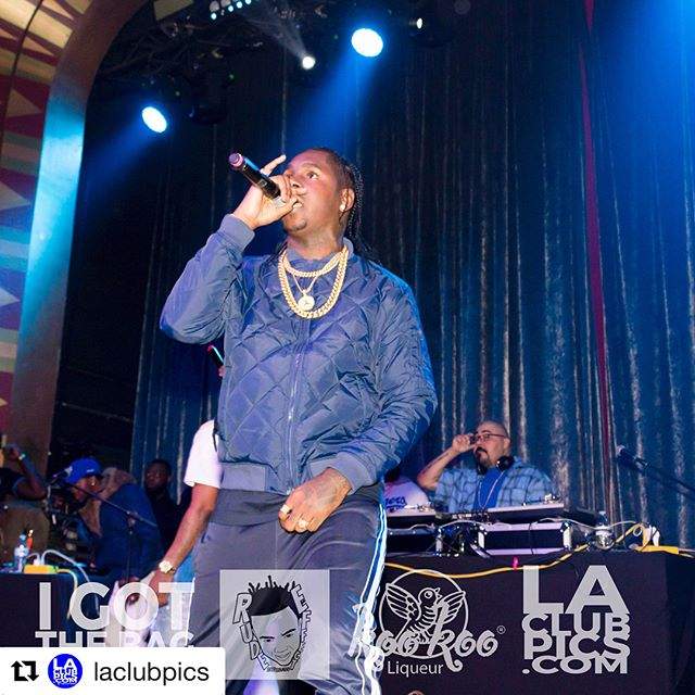 @comptonav put on an incredible set at the 'I Got The Bag' NBA All-Star Weekend Party at the @regenttheaterla. 📸 @thedumilama for @laclubpics and proudly sponsored by @kookooliqueur #Repost @laclubpics with @get_repost