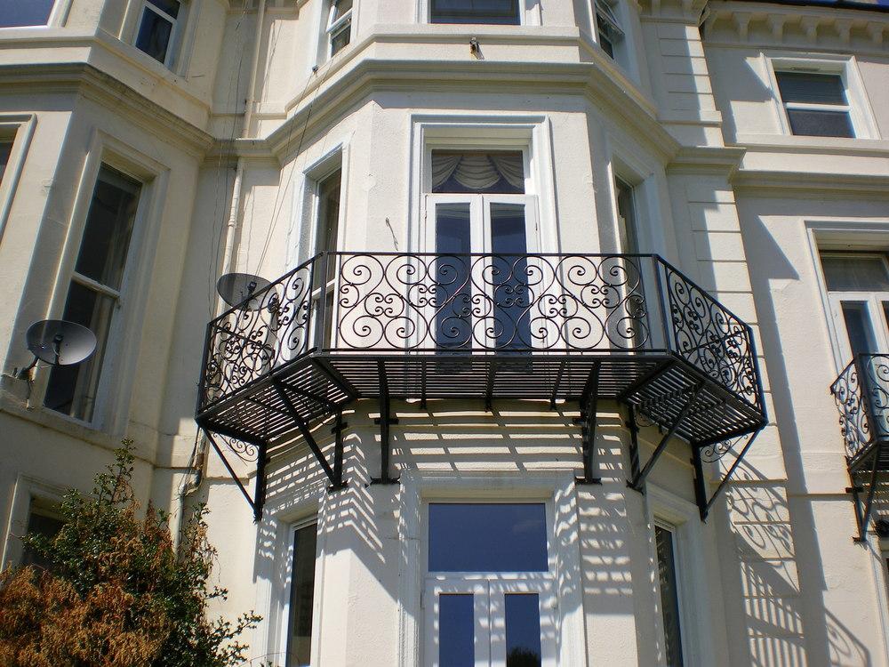 Bespoke Balcony Maurice Gill Blacksmith