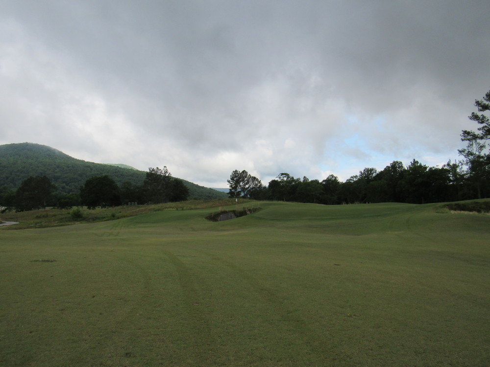approach 5th green.jpg