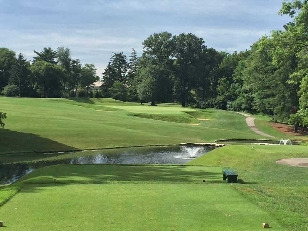 A look at the 3rd hole at St. Louis C.C. Photo Credit: Kyle Truax  @TheTruArchitect