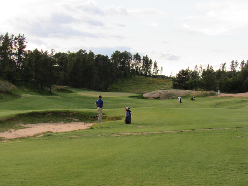 The approach shot to the 7th green at Sand Valley.