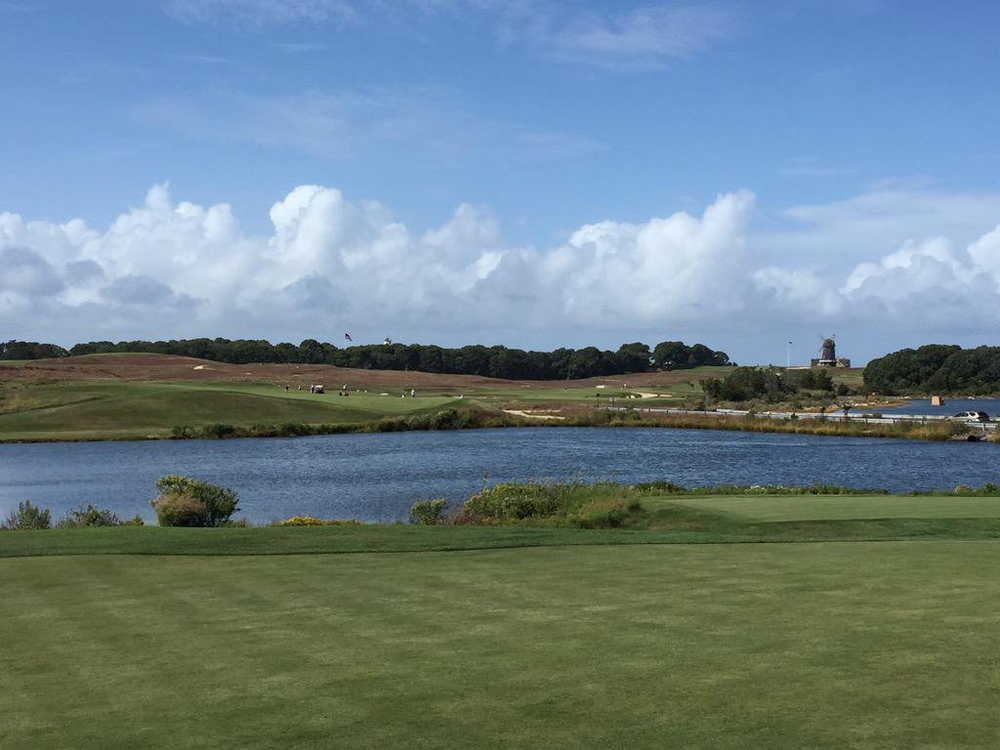The Cape Hole 14th at National Golf Links of America. Photo Credit:  An Ambulent Golfer