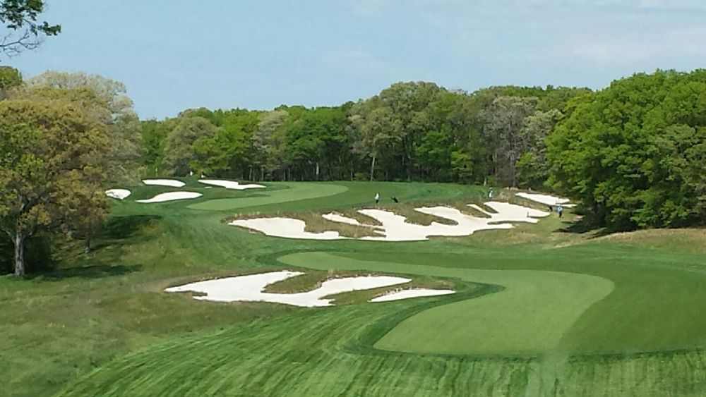 The double dogleg par 5 4th at Bethpage Black.