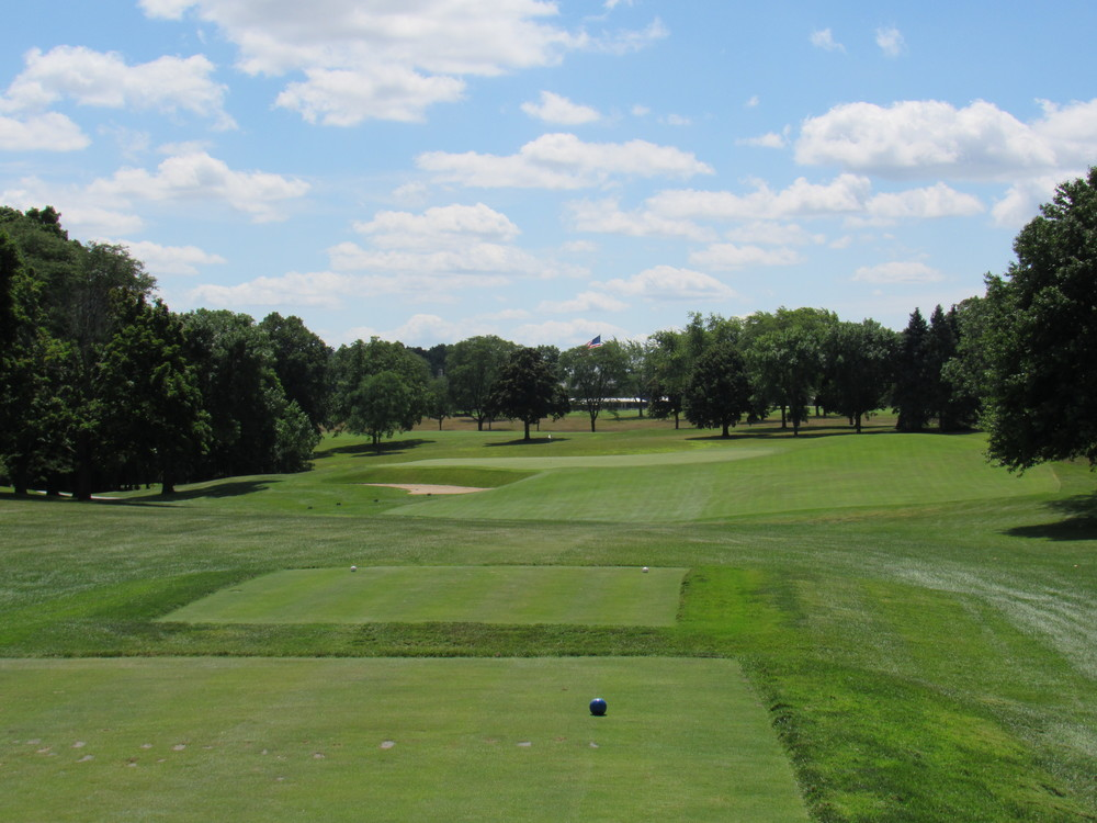 The tee shot to Blue Mound's 13th.