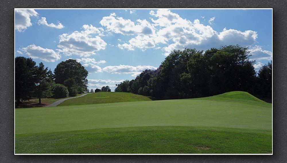 Behind the 7th green at Forsgate. Photo Credit: The Bausch Collection at  MyPhillyGolf.com