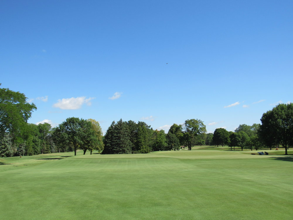 A closer look at Blue Mound's double plateau.