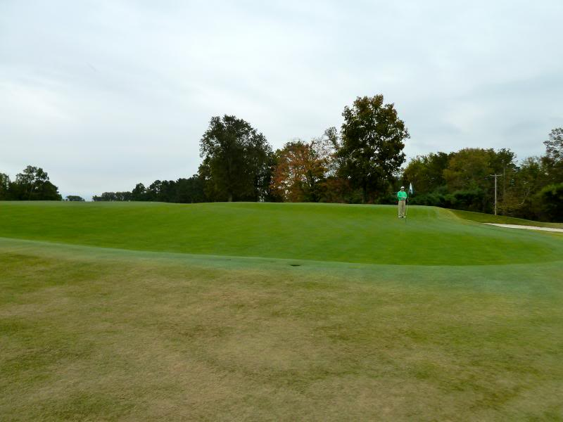 The double plateau green at Lookout Mountain.