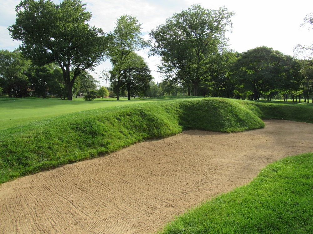 #4 at Ravisloe C.C. - Greenside Bunker