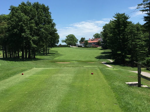 The tee shot at the 18th at St. Louis Country Club. Photo Credit: Kyle Truax  @TheTruArchitect