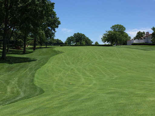 The view from the fairway of the 18th at St. Louis C.C. Photo Credit: Kyle Truax  @TheTruArchitect
