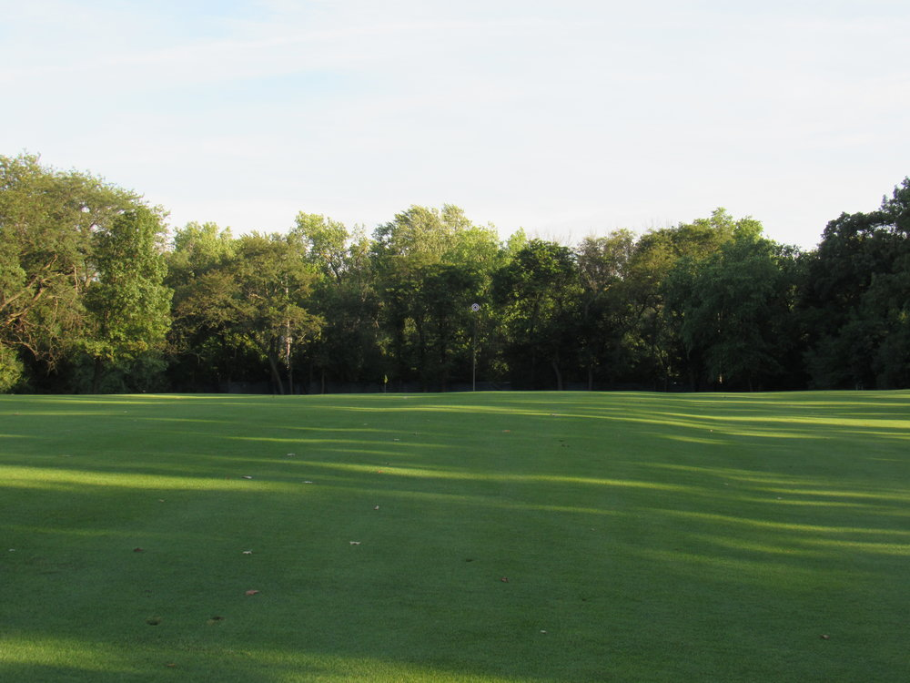 The blind 2nd shot approach at Flossmoor.