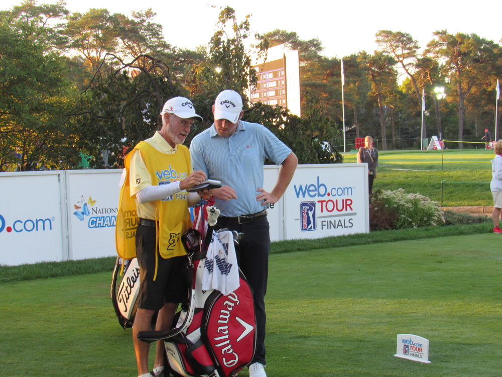 Grayson Murray & Caddie Mike Hicks