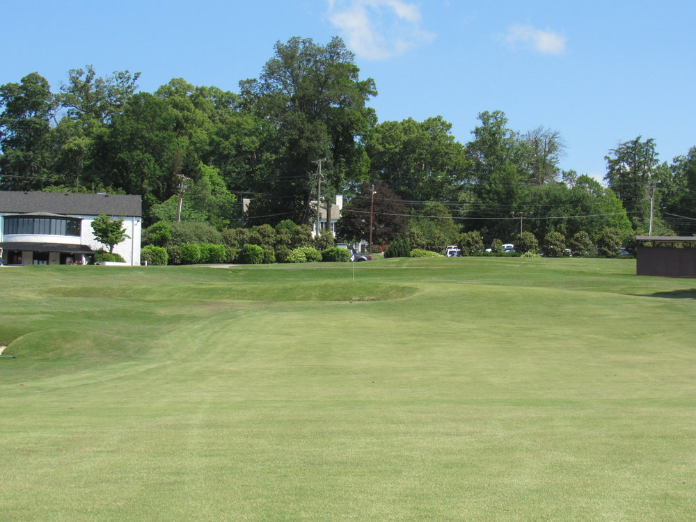 The uphill green at Holston Hills' 18th makes for tough wedge shots.