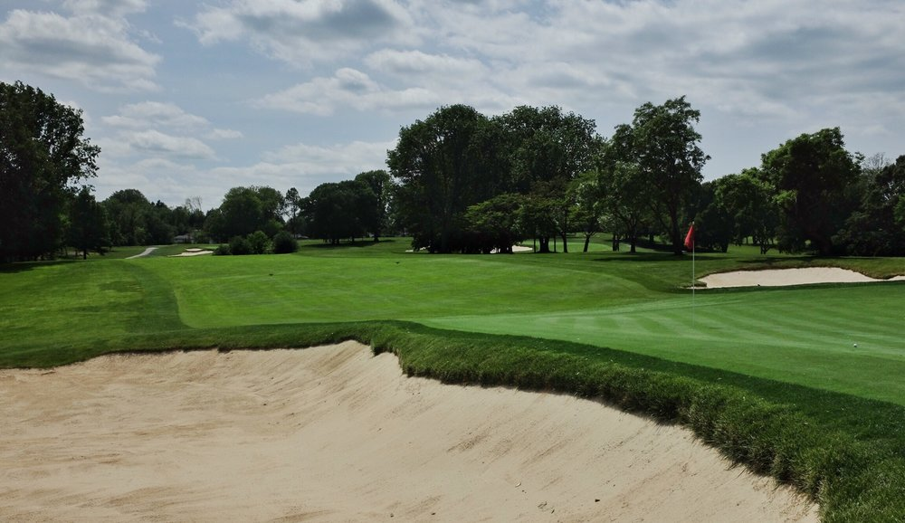 A look at the 2nd green and hole. Photo Credit:  @linksgems