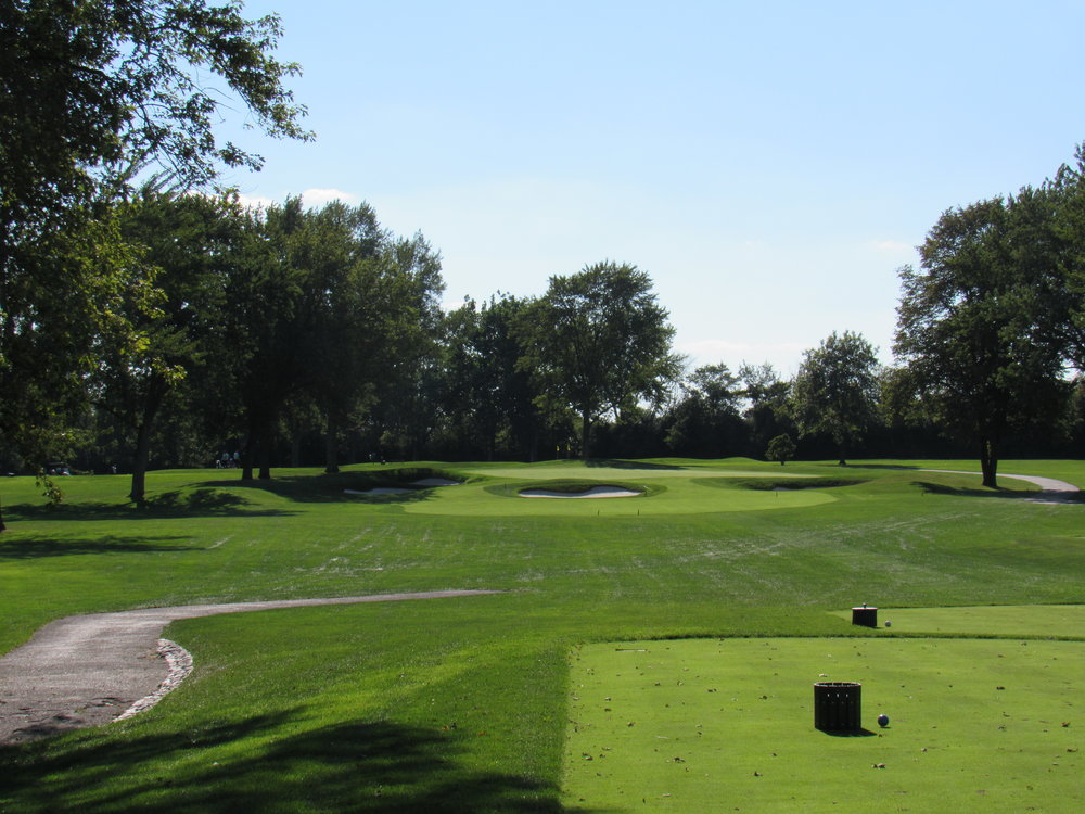 The monstrous par 3 8th at Olympia Fields North Course