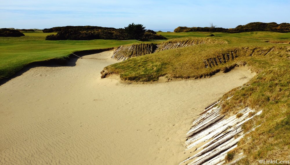 A close up at the gnarly bunker. Photo Credit: Jon Cavalier  @linksgems