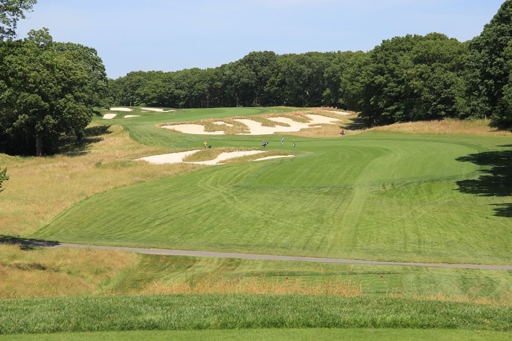 The awesome 4th at Bethpage Black.Photo Credit: Graylyn Loomis  @grayloomis
