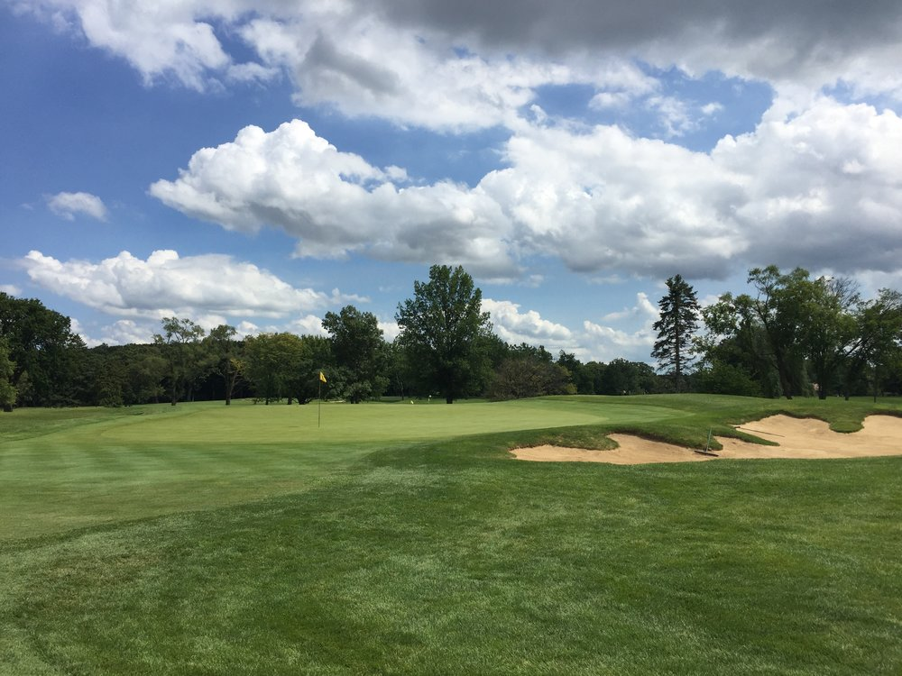 A look at the par 3 2nd at Flossmoor. Photo Credit: Ian Gilley  @igilley