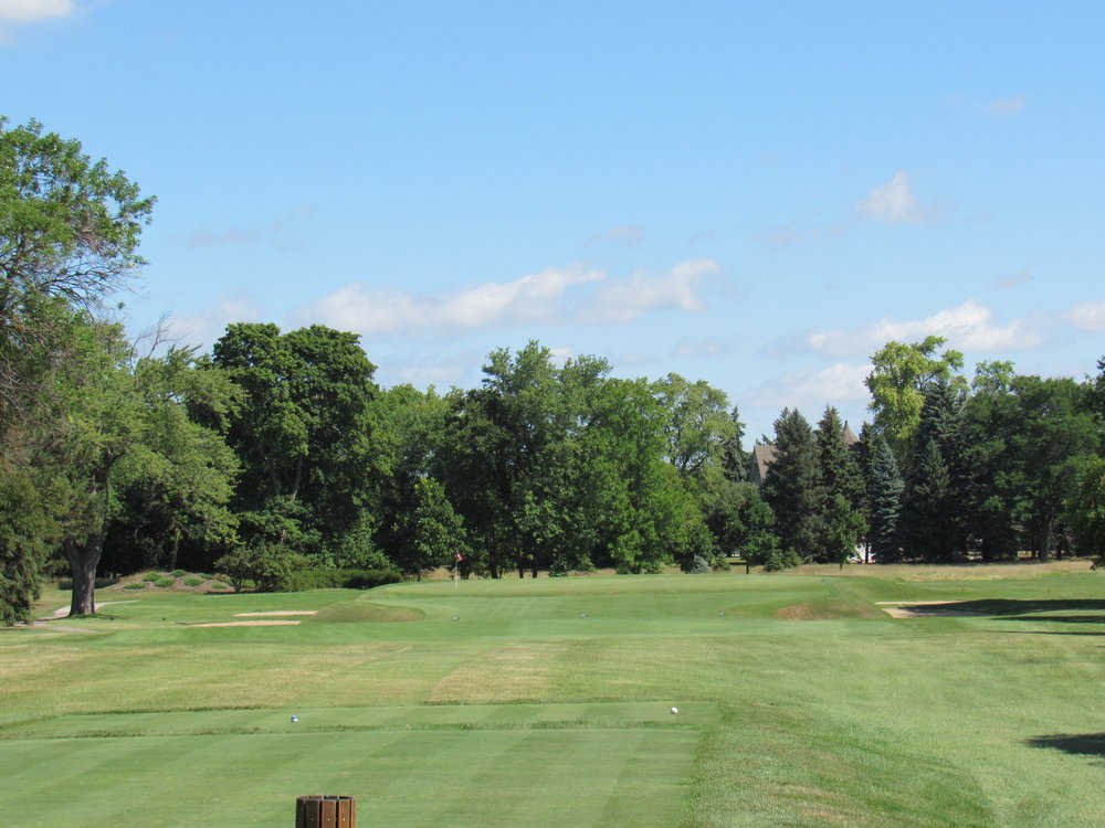 The 3rd tee shot at Blue Mound G&CC