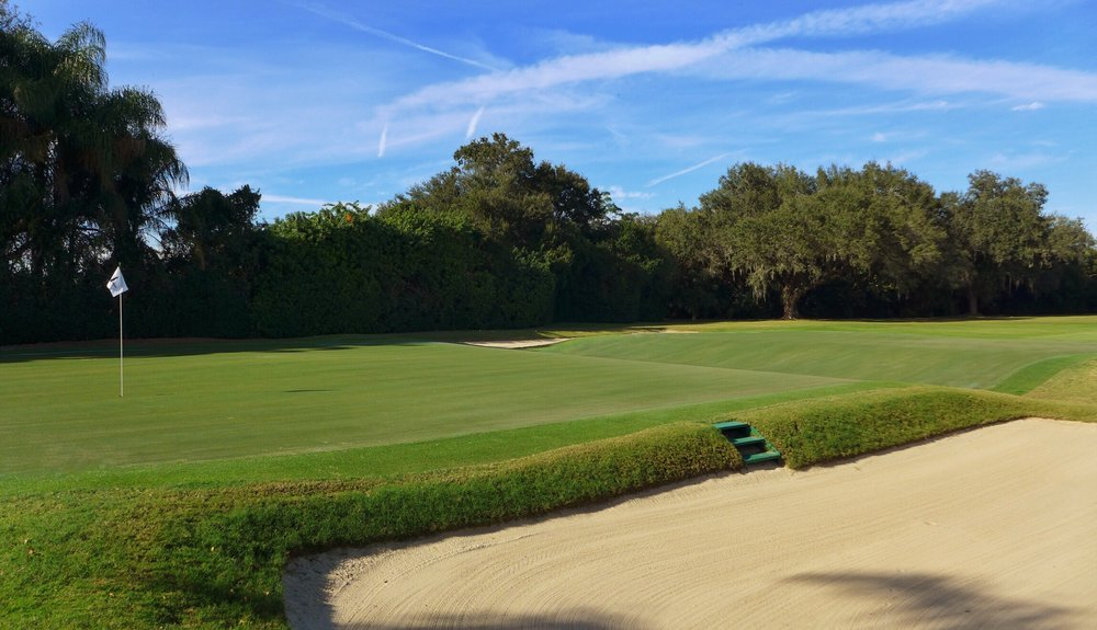 A look at the back pin at Mountain Lake's biarritz 5th. Photo Credit: Jon Cavalier  @linksgems