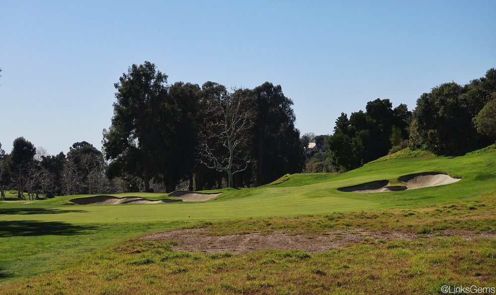 The 4th tee shot on Riviera CC Photo Credit: Jon Cavalier @linksgems