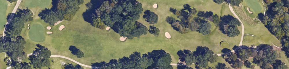The aerial of the 18th at ACC, the hill starts just after the fairway bunker.