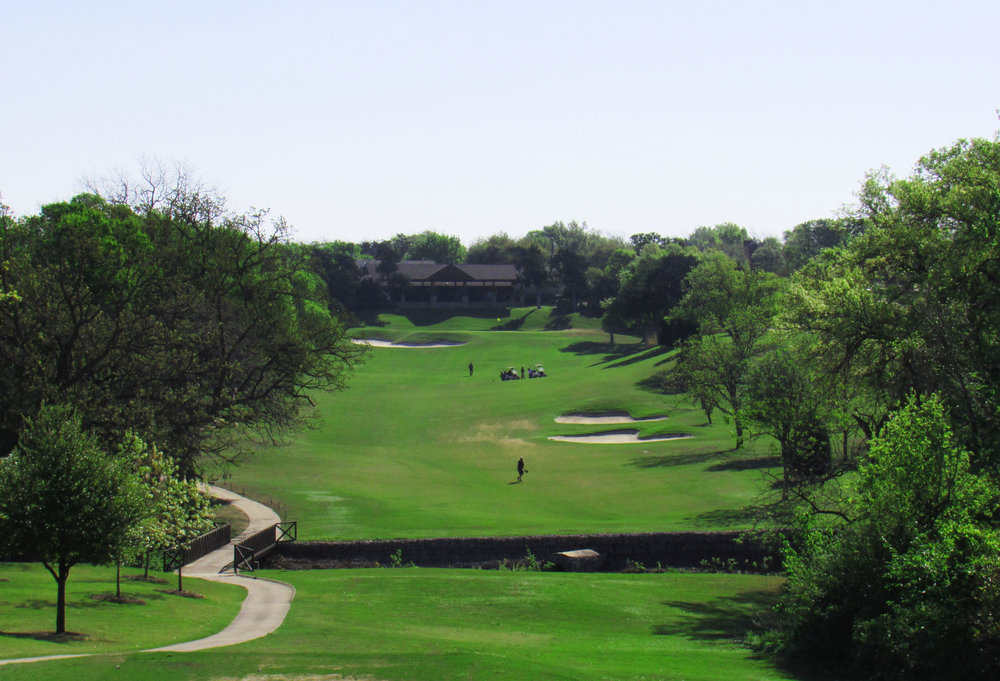 Stevens Park's 9th hole is a good example of an interesting long par 5 because of its elevation and ground movement.