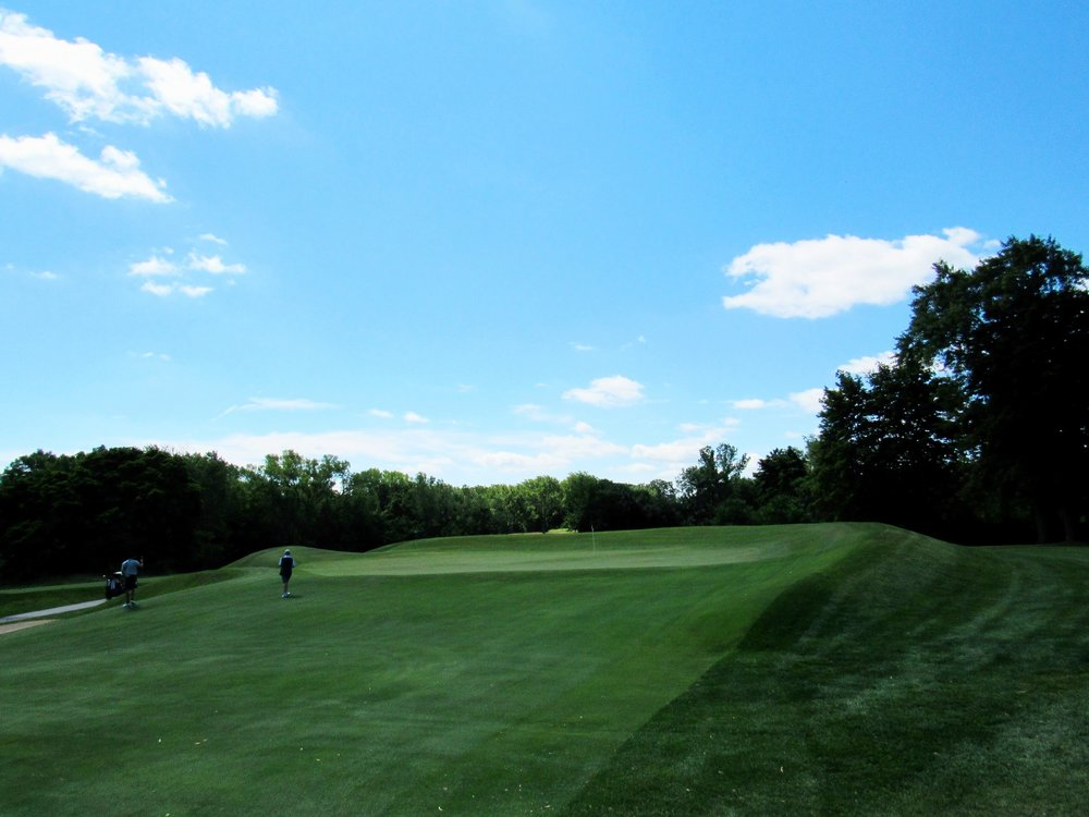 8th green - punchbowl -right side 2.jpg