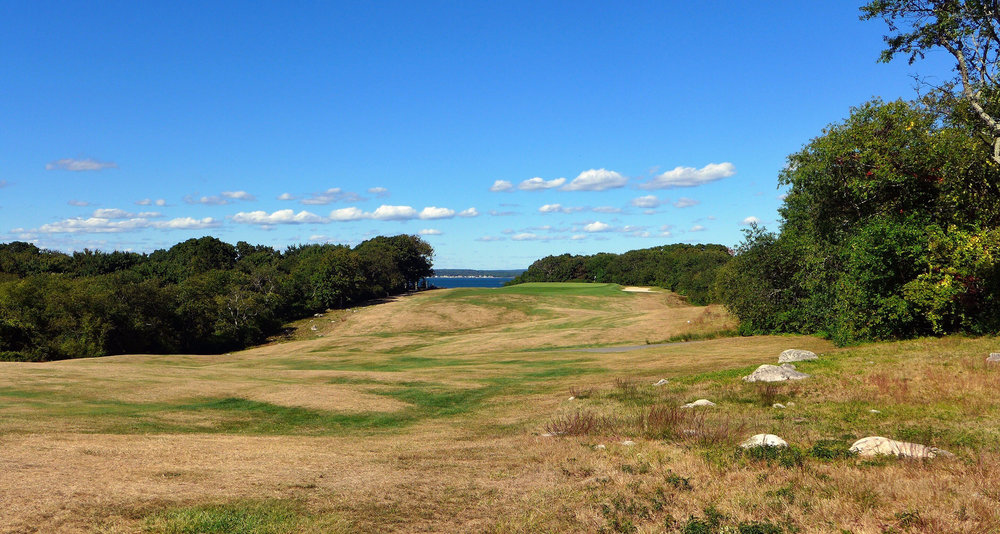 The incredible rolling terrain on the 6th. Photo Credit: Jon Cavalier @linksgems