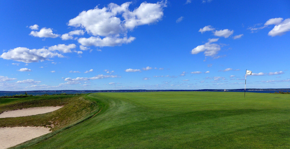 Looking out over the horizon of the 7th. Photo Credit: Jon Cavalier @linksgems