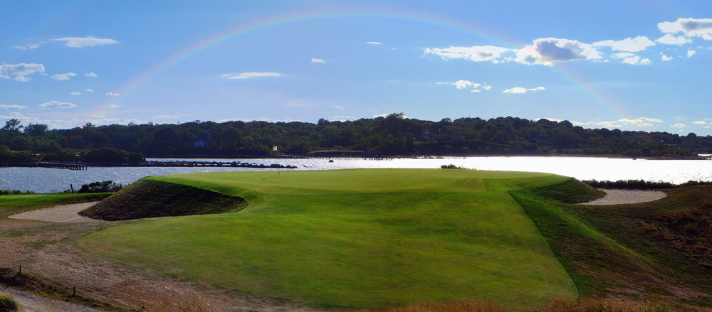 The beautiful 11th green. Photo Credit: Jon Cavalier @linksgems