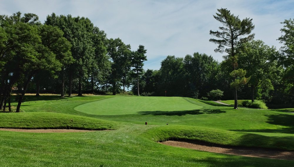 St. Louis Country Club's par 3 2nd. Photo Credit: Jon Cavalier  @linksgems