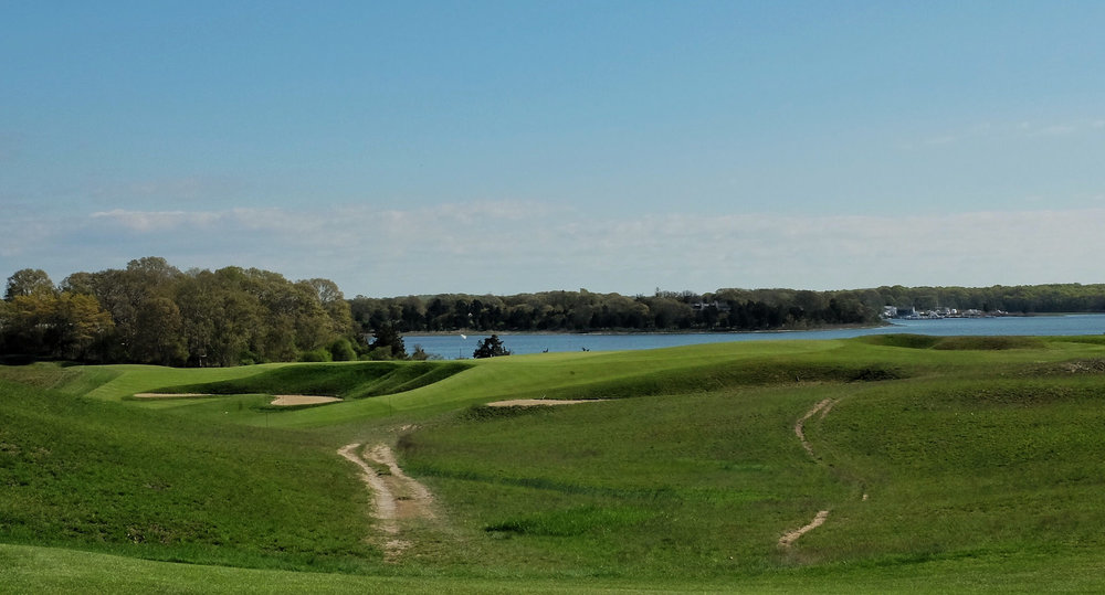 The 4th at National Golf Links of America. Photo Credit:  J on Cavalier @linksgems
